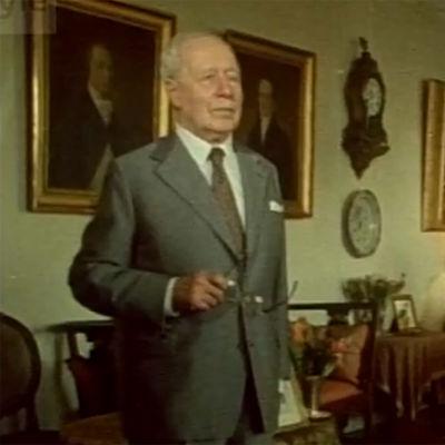 O. R. Bäckman Mannerheimin kotona.