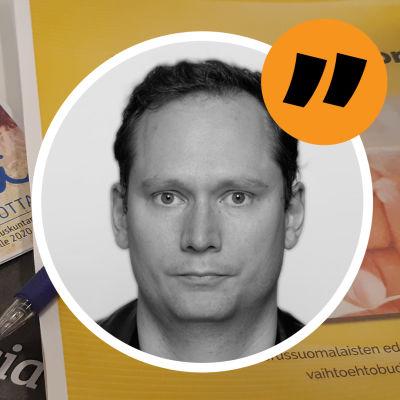 Bild av politiska broschyrer med Anders AG Karlssons analysstämpel på