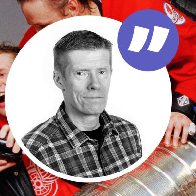 Detroit-spelarna med bucklan och Anders Nordenswans kolumnvinjett.