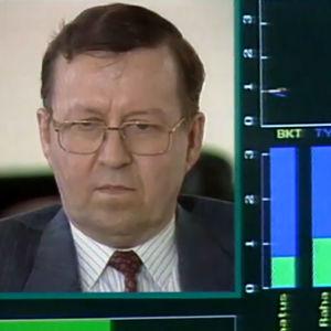 Ministeri Pertti Paasio A-studion utopiapelissä 1994