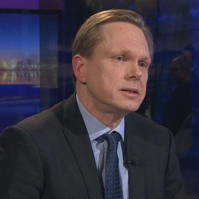 Professor Tuomas Ojanen i programmet A-talk.