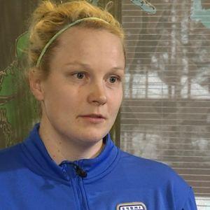 Fotbollstränaren Maiju Ruotsalainen, Ilves, i Sportmagasinet, mars 2015