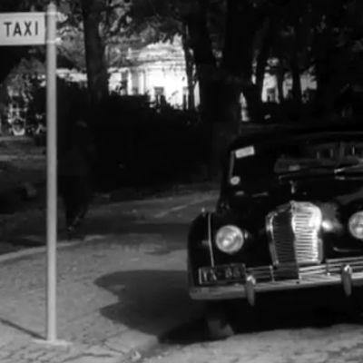 Taksi tolpalla Turussa 1953