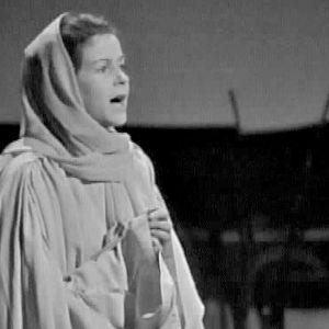 Eeva-Kaarina Volanen näytelmässä Lokki (1966)