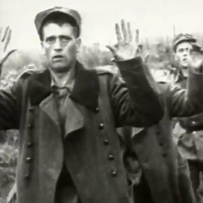 Suomalaisia sotavankeja neuvostodokumentissa (1944).