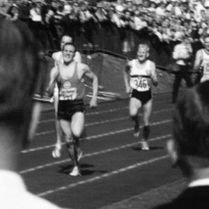 Olavi Salonen voittaa 1500 m juoksun Kalevan kisoissa (1963).