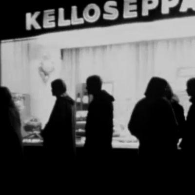 Nuorisoa kadulla Kuopiossa 1965