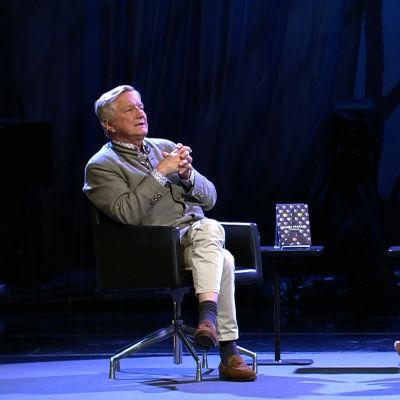 Hannu Väisänen Helsinki Lit -kirjallisuustapahtumassa 2016