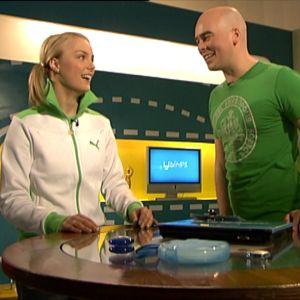 Taitoluistelija Kiira Korpi vieraili Galaxissa 2006. Kiiraa haastatteli Jaria tuurannut Ville.