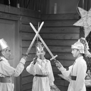 Tiernapojat-esitys televisiossa 1.12.1959