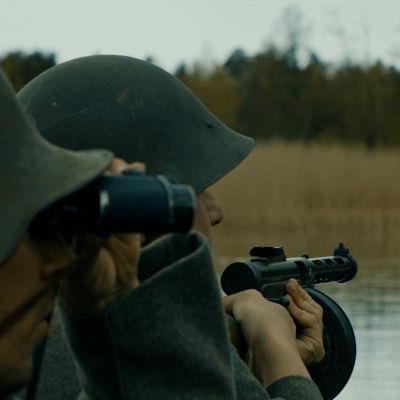 Scen ur dokumentären Harparskoglinjen - Västfronten mot Sovjet.