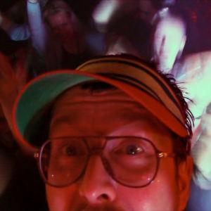 DJ Matti Airaksinen keikalla syksyllä 2014.
