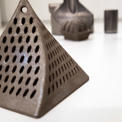 Metallisia 3D -tulosteita