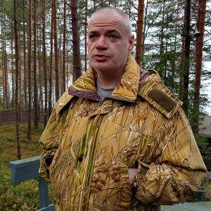 Mihail Kvartin kesämökillään Ruokolahdella