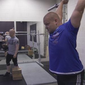 Tyngdlyftarna Milko Tokola och Mart Seim tränar i Tallinn 2016
