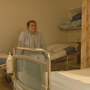 Jouni odottaa pääsyä aivoleikkaukseen Töölön sairaalassa