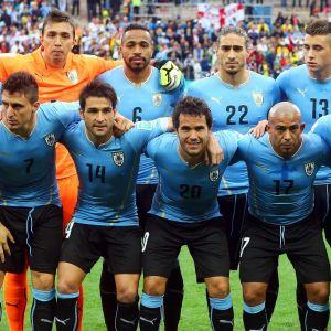 Uruguayn maajoukkueen aloituskokoonpano Brasilian MM-kisoissa 2014