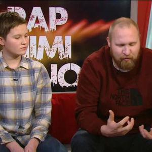 Rap, riimi, runo-kilpailun voittaja Jenni Paavonen ja Paleface