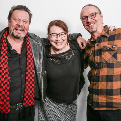 Pate Mustajärvi, Paula Jokimies ja Juha-Pekka Sillanpää puolilähikuvassa