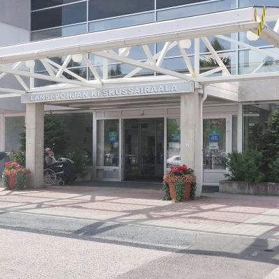 Länsi-Pohjan keskussairaala Kemissä