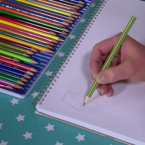 Hand som tecknar