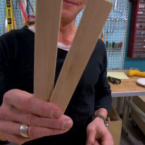 Till bumerangen används två likada träblad