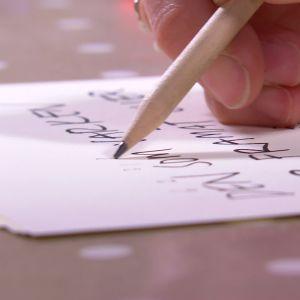 Skriv ner en text.