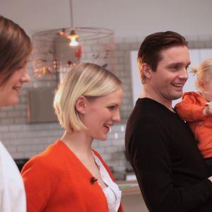 Maria Sundblom-Lindberg med familjen Heikkilä.