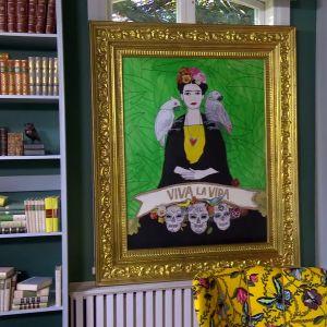 Camillas hommage till Frida Kahlo.