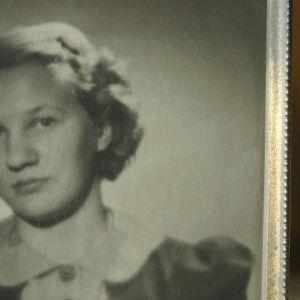 Margit Tall nuorena.