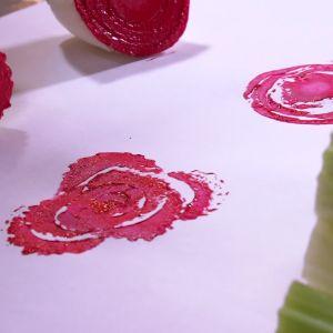 Rosor tryckta på papper.