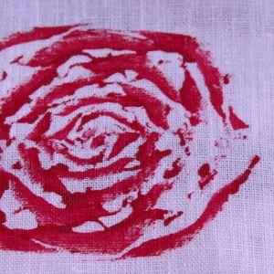 Rosenmönster på löpare.