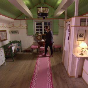 Camilla i Karins sovrum.