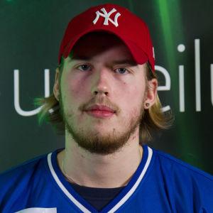 Hannes Kettunen kilpaili NHL 16 -pelin Suomen mestaruudesta uudenvuodenpäivänä Helsingissä