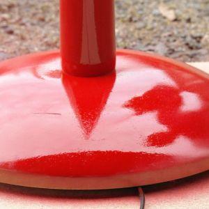 Röd lampfot