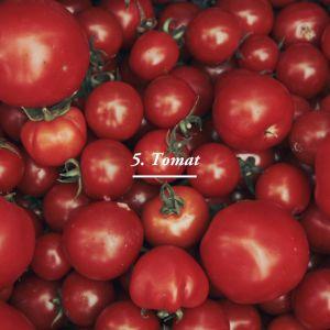 Tomater i låda.