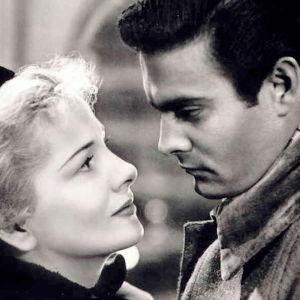 Joan Fontaine ja Louis Jourdan elokuvassa Kirje tuntemattomalta naiselta