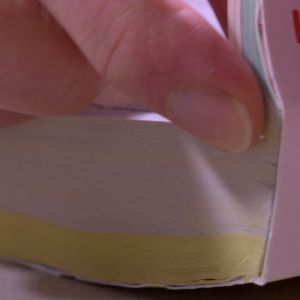 En telefonkatalog blir en liten bok.