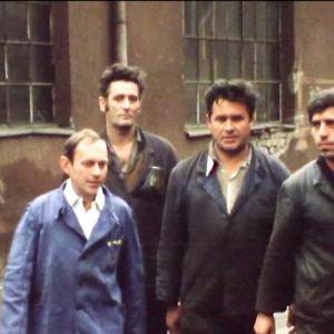 Markkinasosialistisessa Jugoslaviassa sorvari menee töihin puhtaassa haalarissa ja hohtavan valkoisessa paidassa. Ainakin Vlado Jovanović, joka esiintyy Mäkelän dokumentissa.