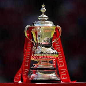 Jalkapallon FA Cupin voittopokaali