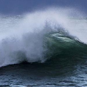Iso aalto