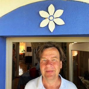 Säveltäjä Magnus Lindberg Algarven kodissaan kesällä 2019.