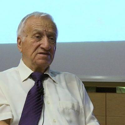 Ivan Abadjiev, Bulgarien, tyngdlyftningstränare