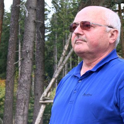 Günter Wetzel vid landningsplatsen i Naila.