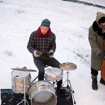 Jazz-yhtye Mopo soittaa