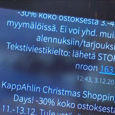 Vaatemyymälän tekstiviestitarjouksia