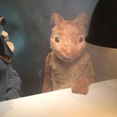 orava ja vompatti keskustelevat MHL tag