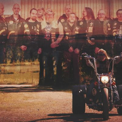 Pontus J Back är en kristen motorcyklist.