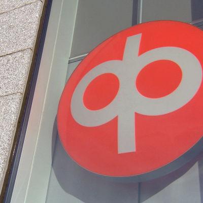 OP:n logo Vallilassa, Helsingissä.