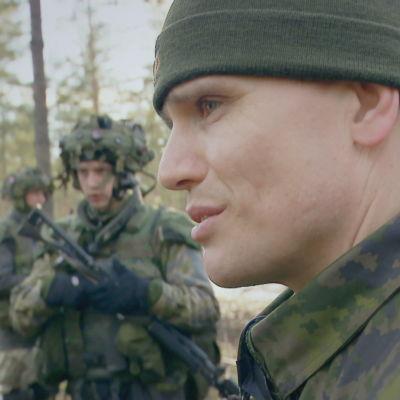 Militär personal i fält